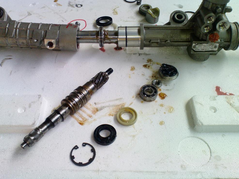 Ремонт рулевой рейки с гидроусилителем своими руками 17