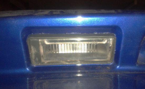 Плафоны освещения номера Fiat Albea - демонтаж, очистка и монтаж