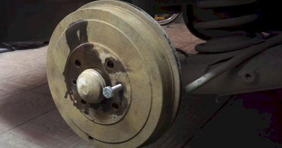 Как быстро снять тормозной барабан на Fiat Albea