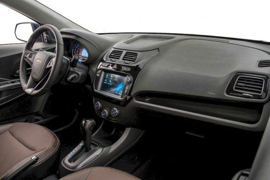 Chevrolet Cobalt 2 – бюджетный автомобиль среднего класса