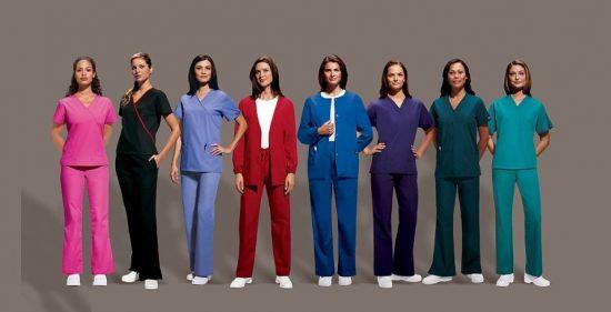 Какие преимущества качественного медицинского костюма?