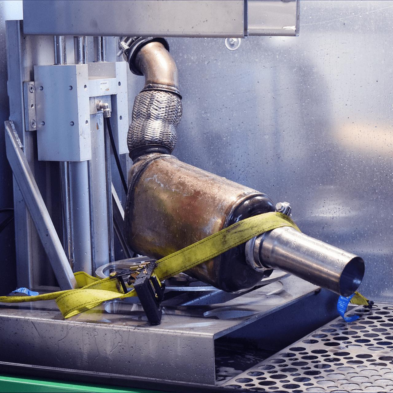 Зачем нужна очистка катализатора автомобиля?