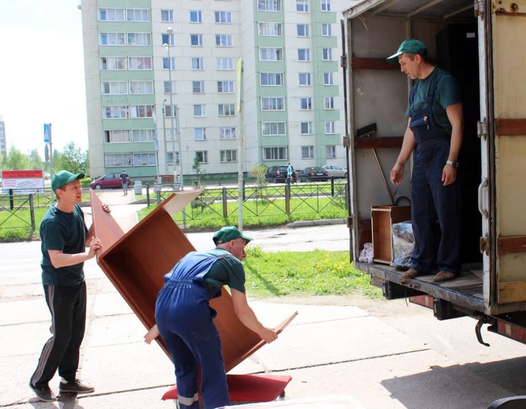 Преимущества квартирного переезда с помощью грузчиков
