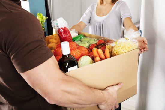 Доставка еды на дом: почему так популярна и в чем её преимущества?